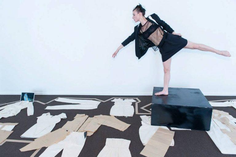 Sakina M'Sa Créatrice de mode Paris vêtements entreprise sociale