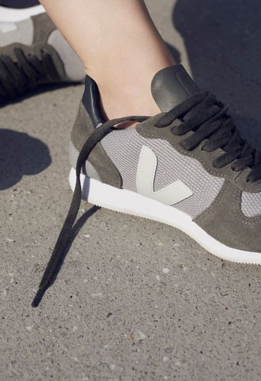 veja holiday fair trade eco frienldy sneakers