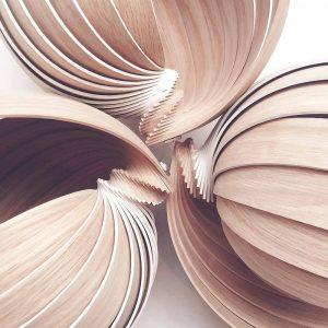 lampe en bois naturel 1.618 St Valentin