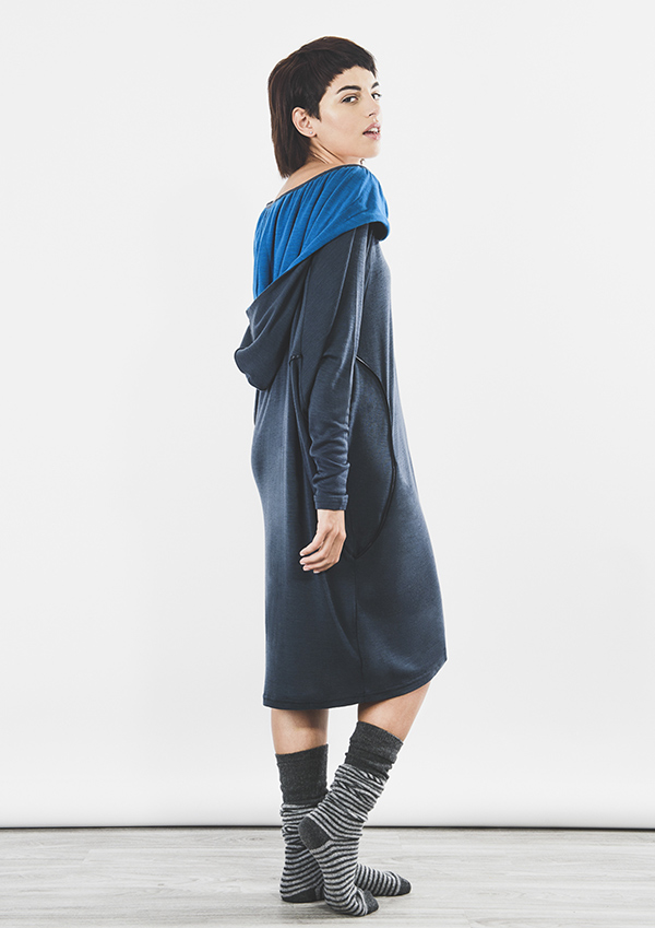 outsider_hoodie_dress_merino_wool_ethical_fashion_back-600