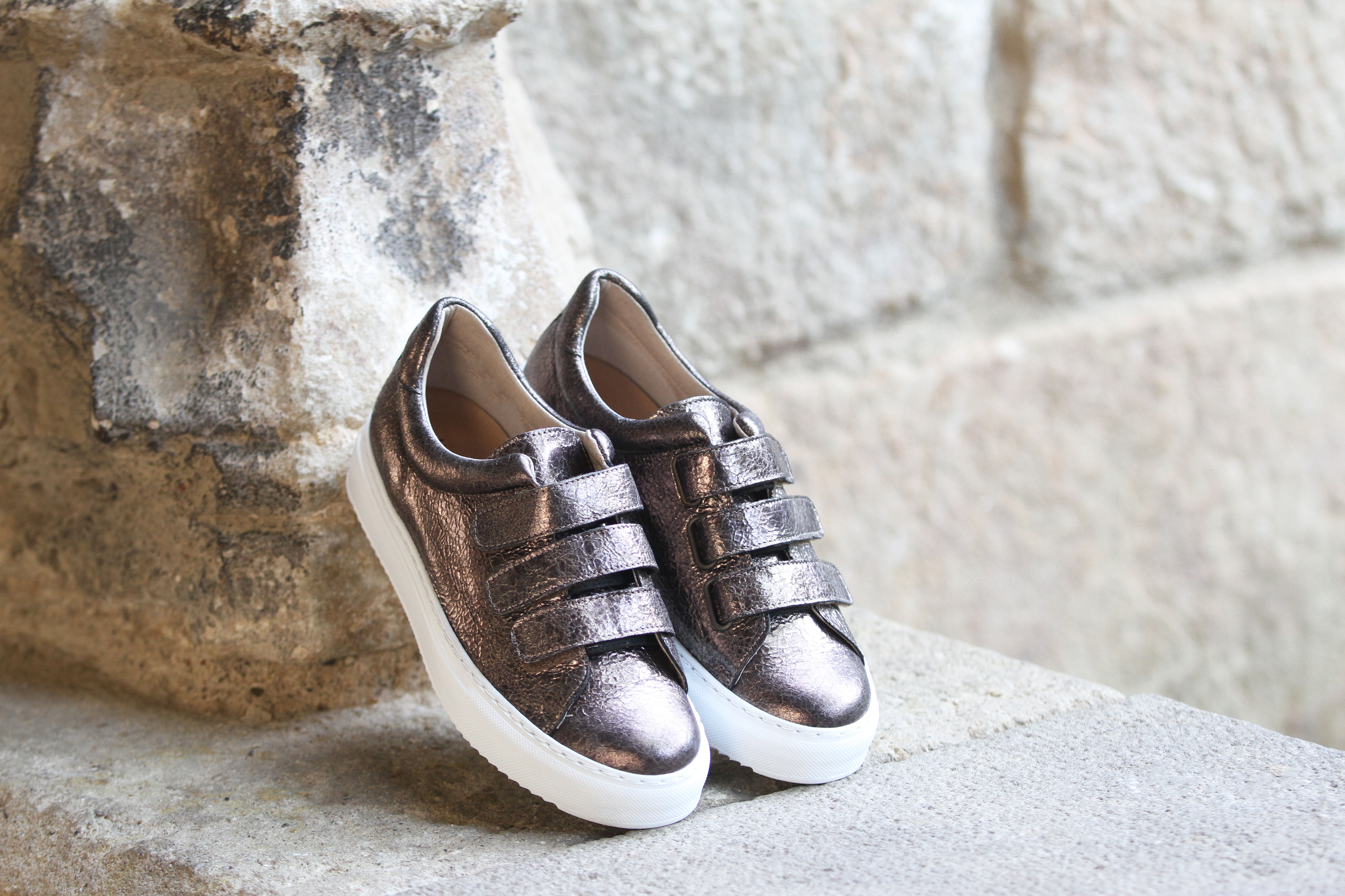 Jules & Jenn les collections chaussures femme sneakers velcro