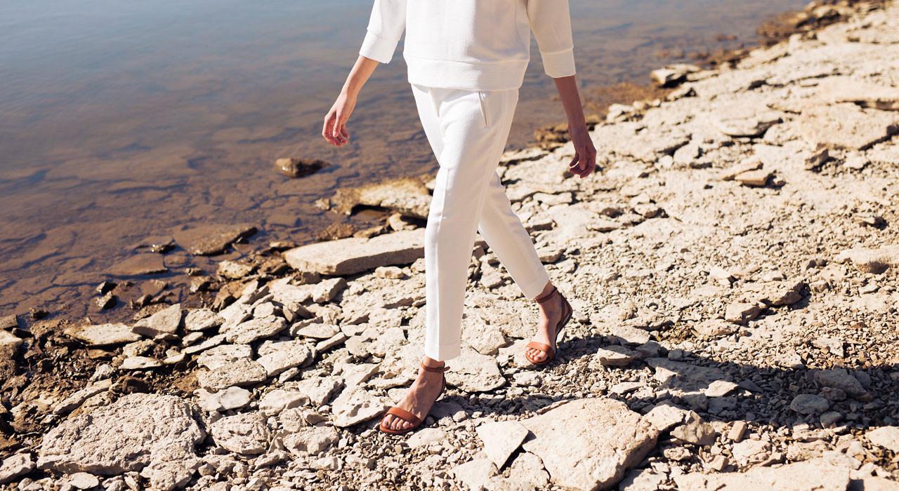 Nisolo Shoes woman sandal